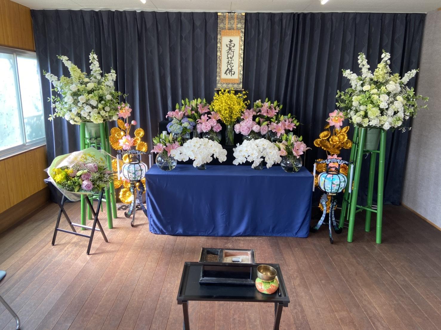 鈴鹿市お花祭壇